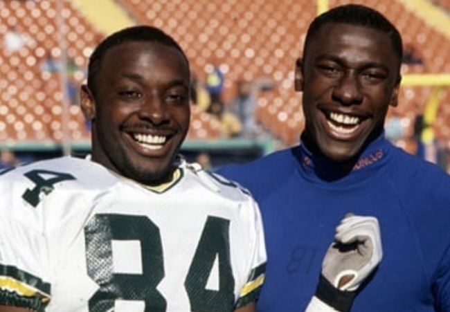 Sterling Sharpe (R) with his younger brother Shannon Sharpe (L)