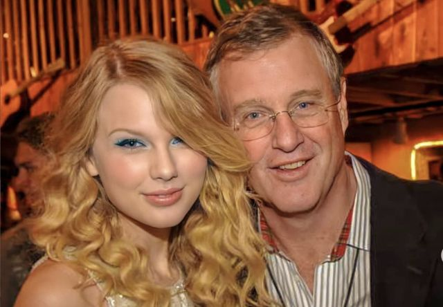 Scott Kingsley Swift with his daughter Taylor Swift